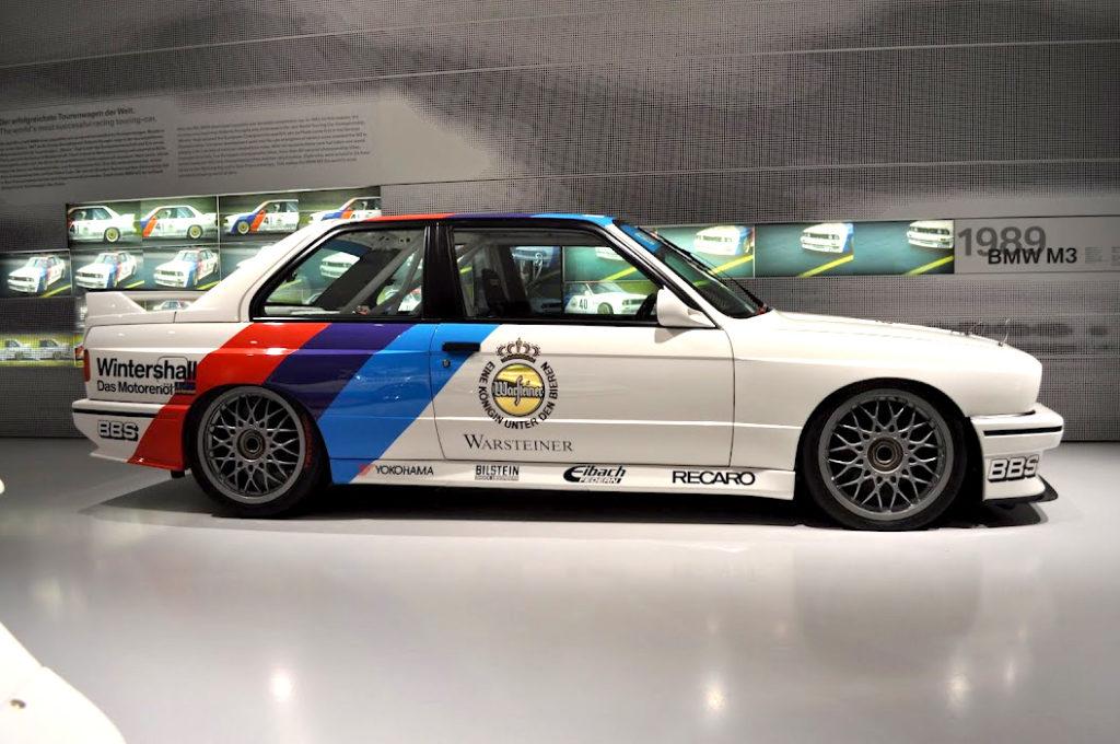 BMW E30 M - история легендарной БМВ