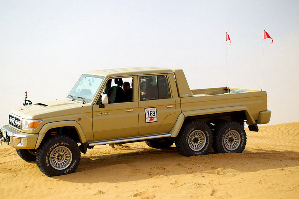 Toyota Land Cruiser 6х6