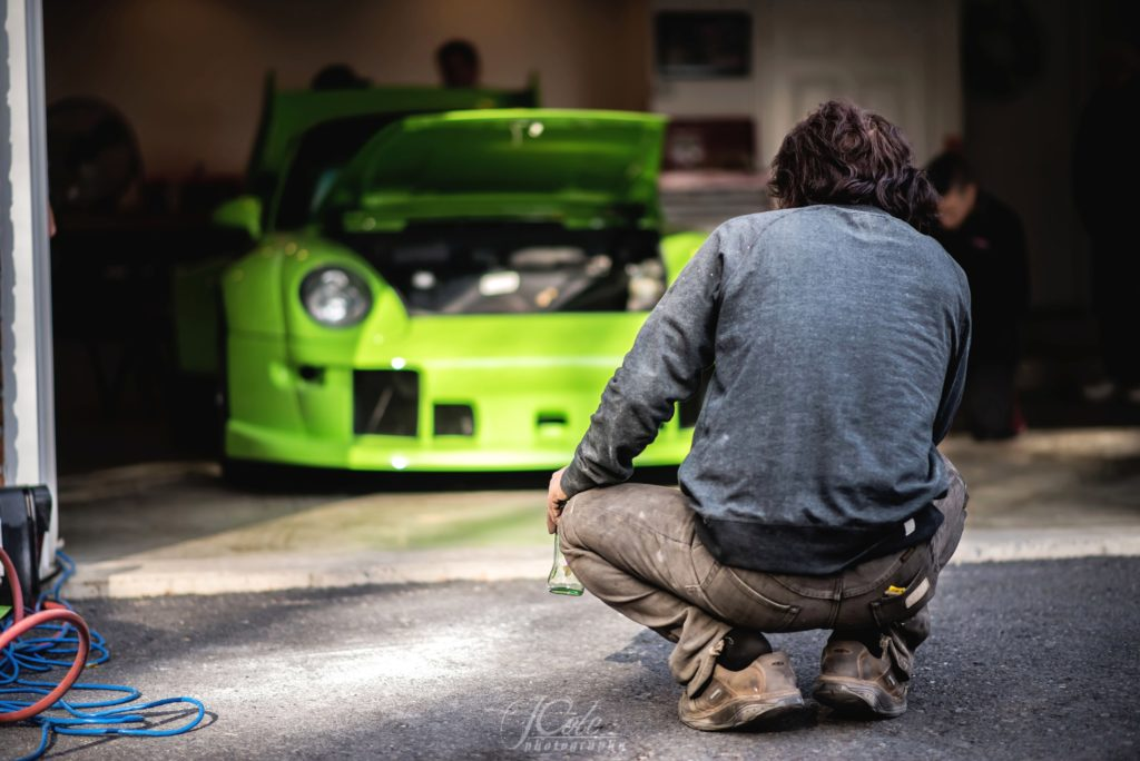 Ярко-зеленый 993 Porsche