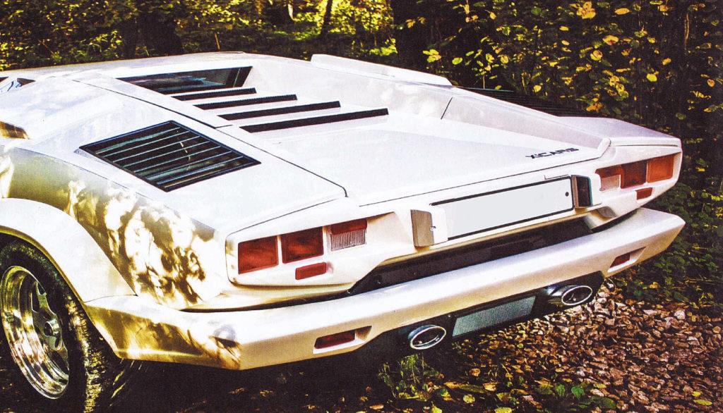 Качественная реплика Lamborghini Countach V6 215 л.c