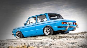 Но не только японцы любят заниженные автомобили - стенс ЗАЗ 968М