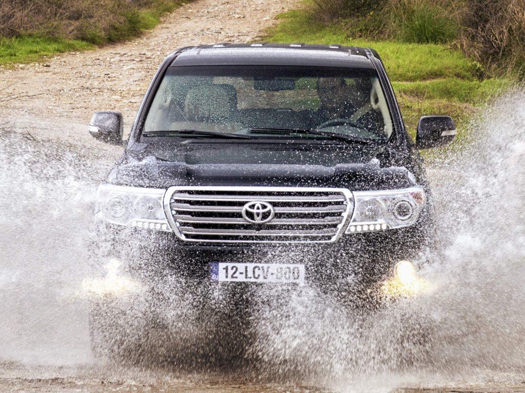 Когда автомобиля много - купить Land Cruiser 200 - тюнинг