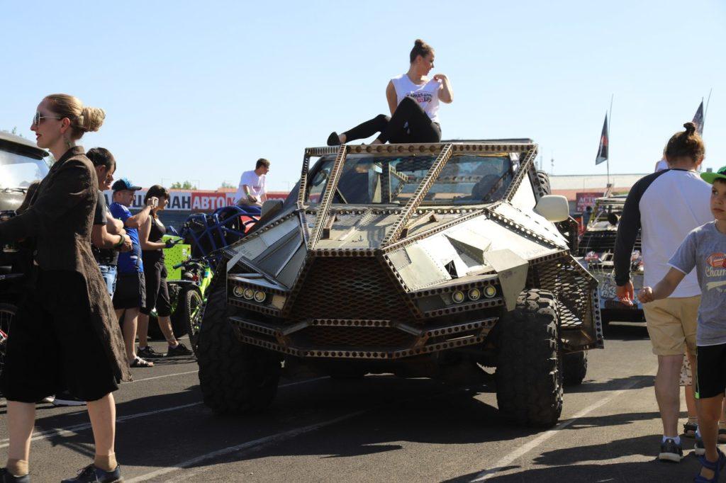 АвтоМотоШоу-2018 - 150 самых разных машин