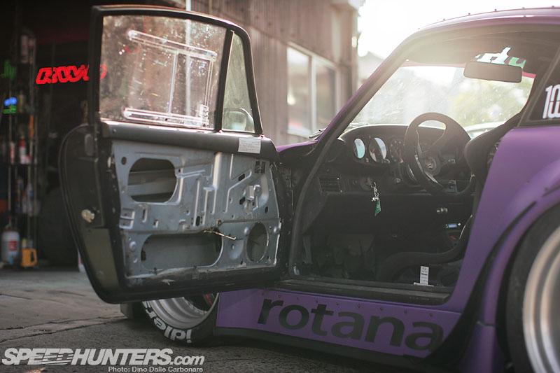 Цвет космоса, тоски и умеренности - Nakai Goes Porche Turbo 993
