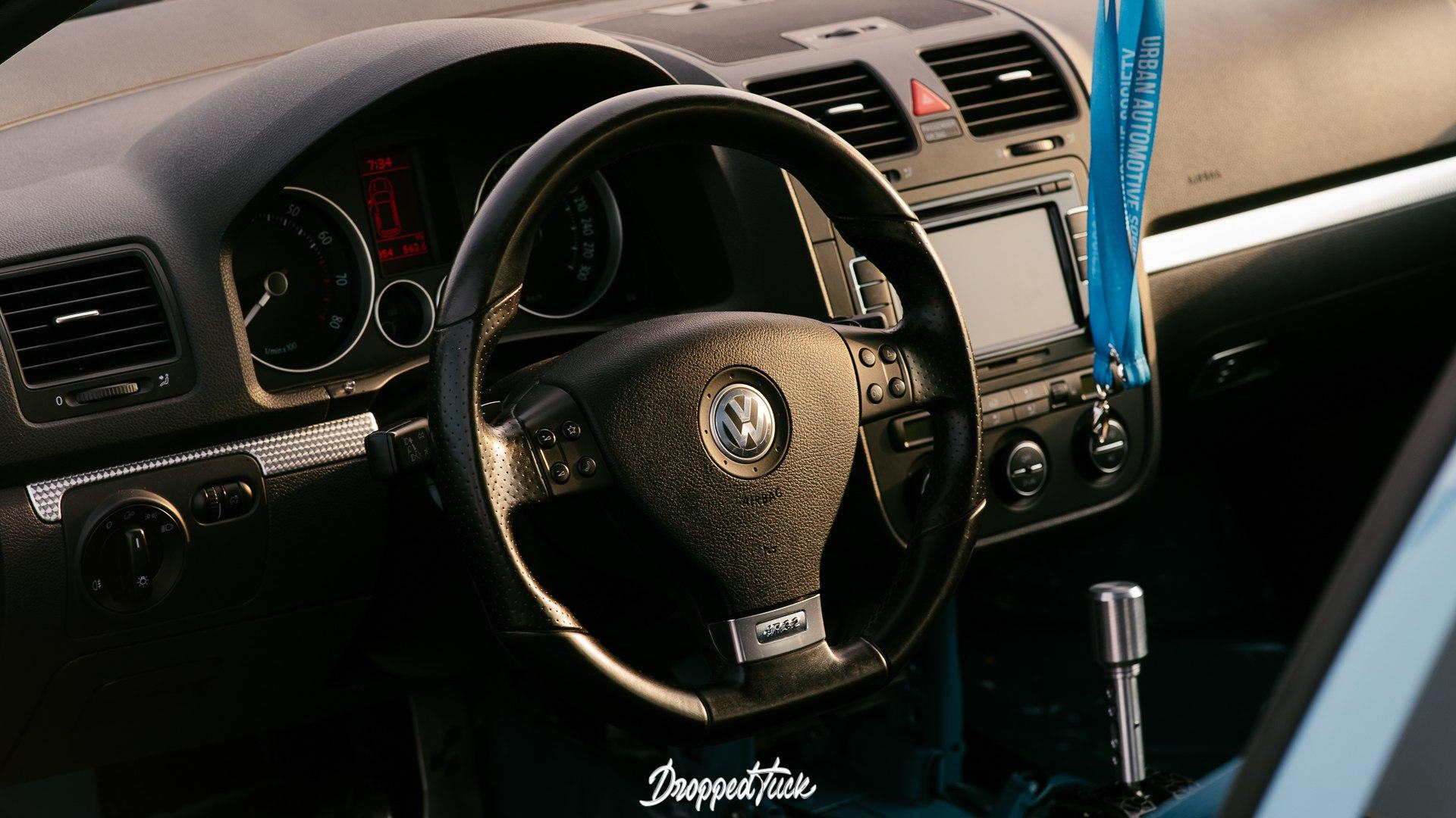 Volkswagen Golf R32 mkV - уникальный экземпляр в жанре clean look