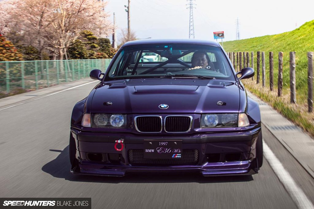 Легендарная BMW E36 - Techno Violet Rocket Bunny