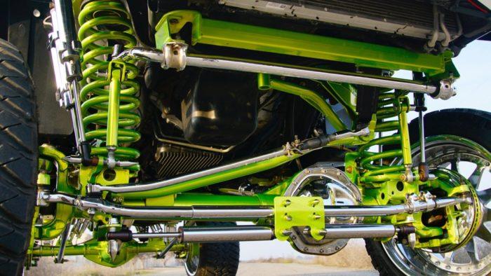 Понты, хром и лифт - cемейка Dodge RAM 4