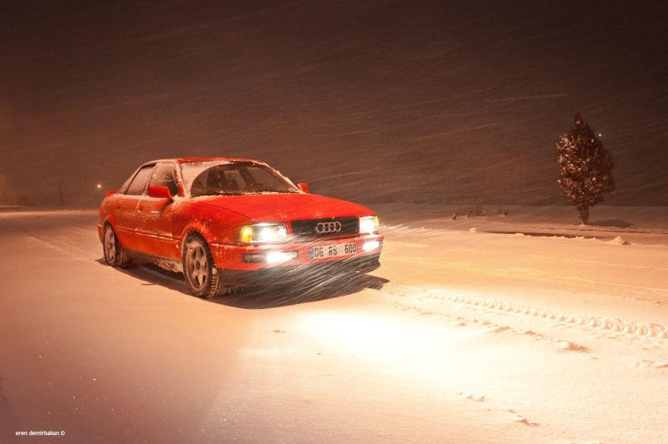 Семейный седан с подвохом – Audi 80 (бочка) 320