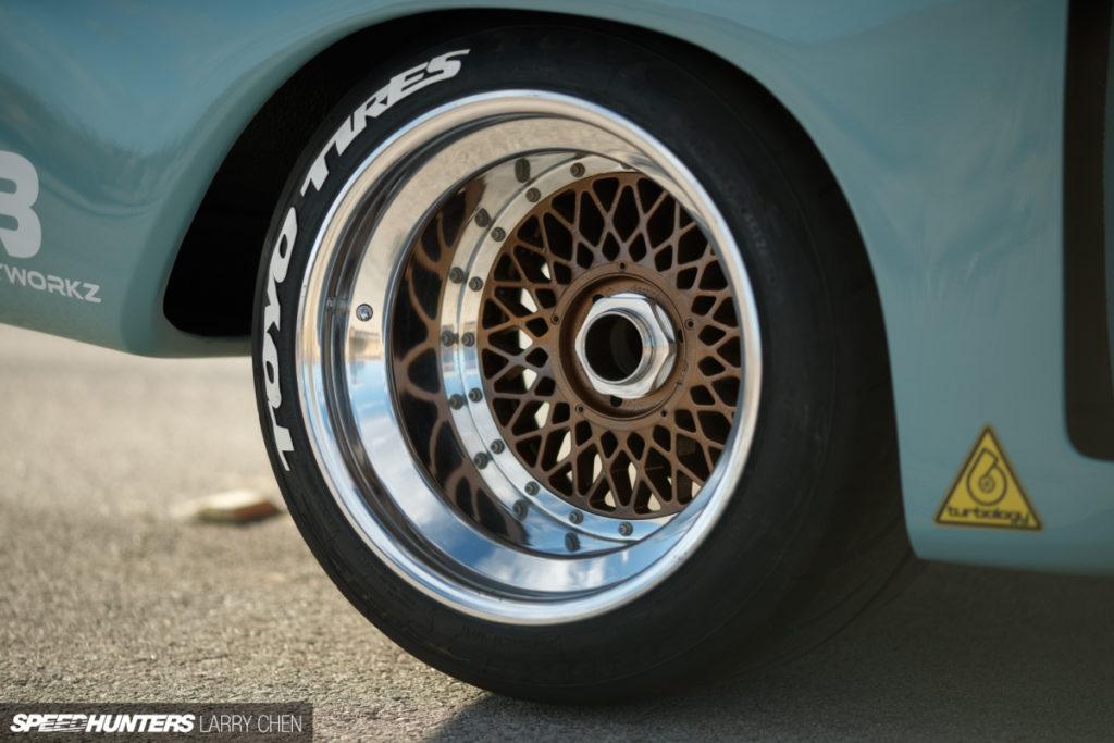Посвящается легенде BMW 3.0 CSL «Бэтмобиль»