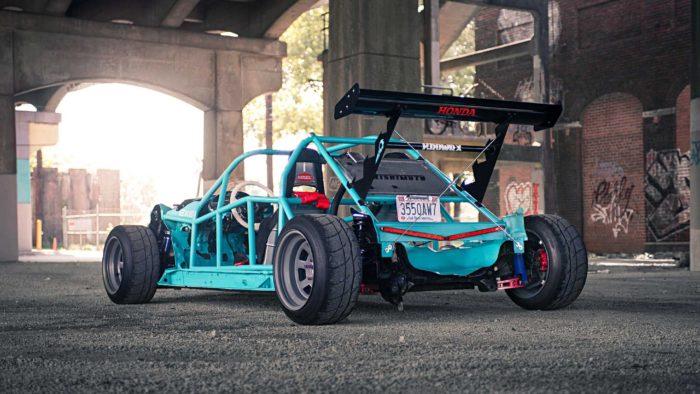 Рамой наружу Honda Integra и Mazda MX-5