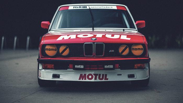 Вдохновленный гоночными достижениями - BMW E28 Group 1982