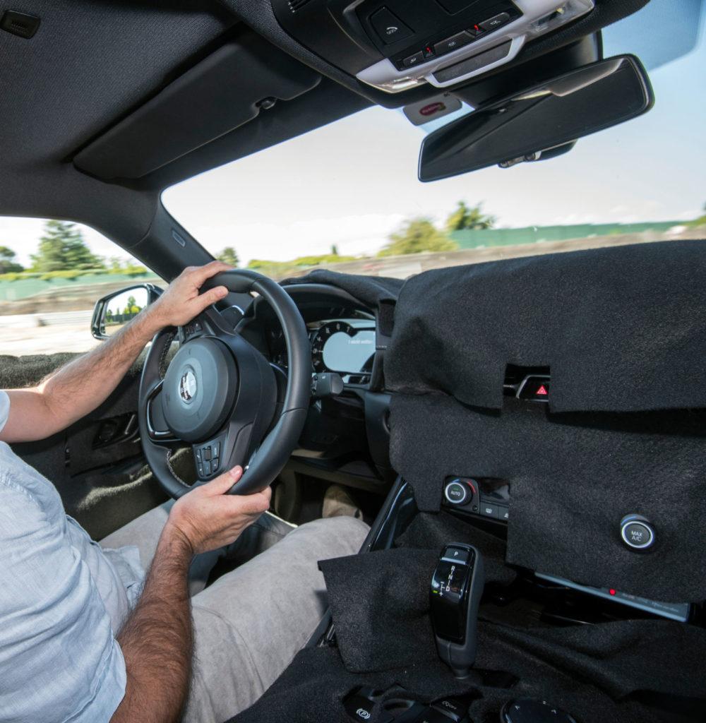 Прошло 25 лет с момента выпуска последней Toyota Supra. 93 год. В то время интернет был еще в подгузниках, а все, что вам было нужно в жизни - механическая коробка, турбовый 2JZ, гигантский спойлер на багажнике и номер вашего кореша, который продает тюнячки.