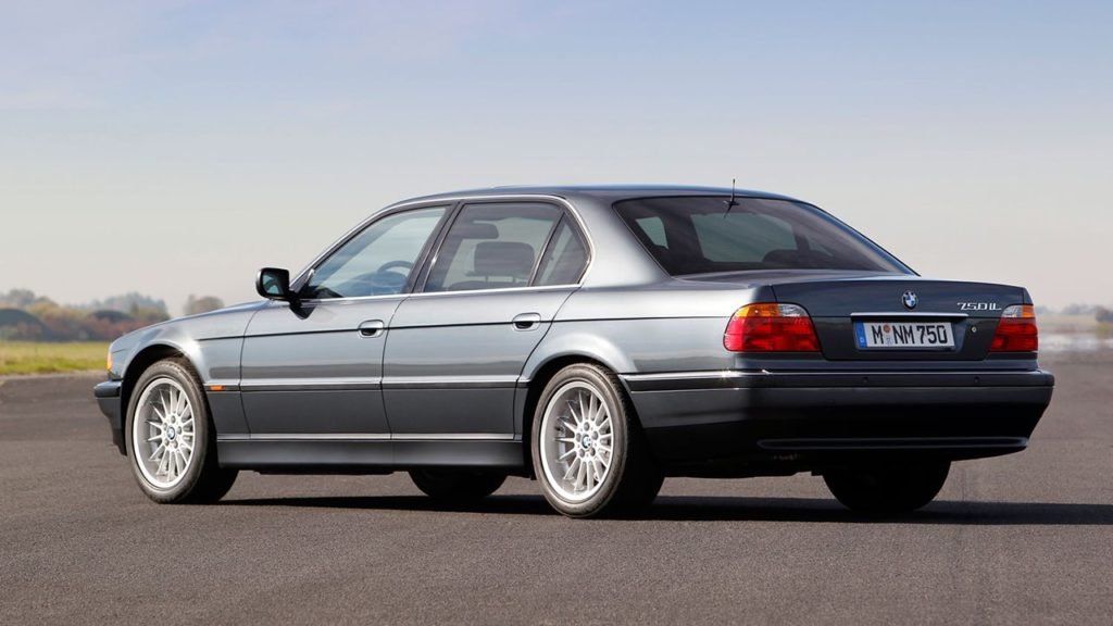 BMW 740iL E38 – легенда баварского автомобилестроения