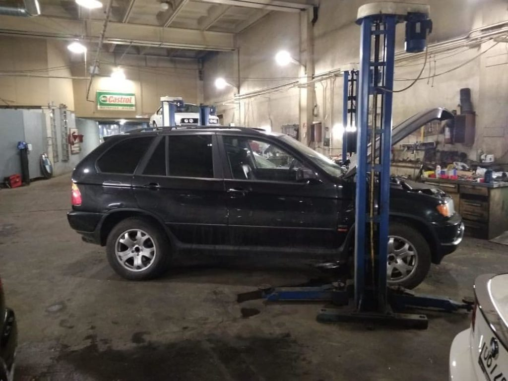 BMW X5 E53 бу – стоит ли?