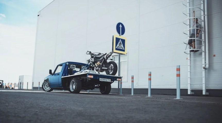 Идеальный транспорт для мотоциклиста и дрифтера из классического ВАЗ-2105
