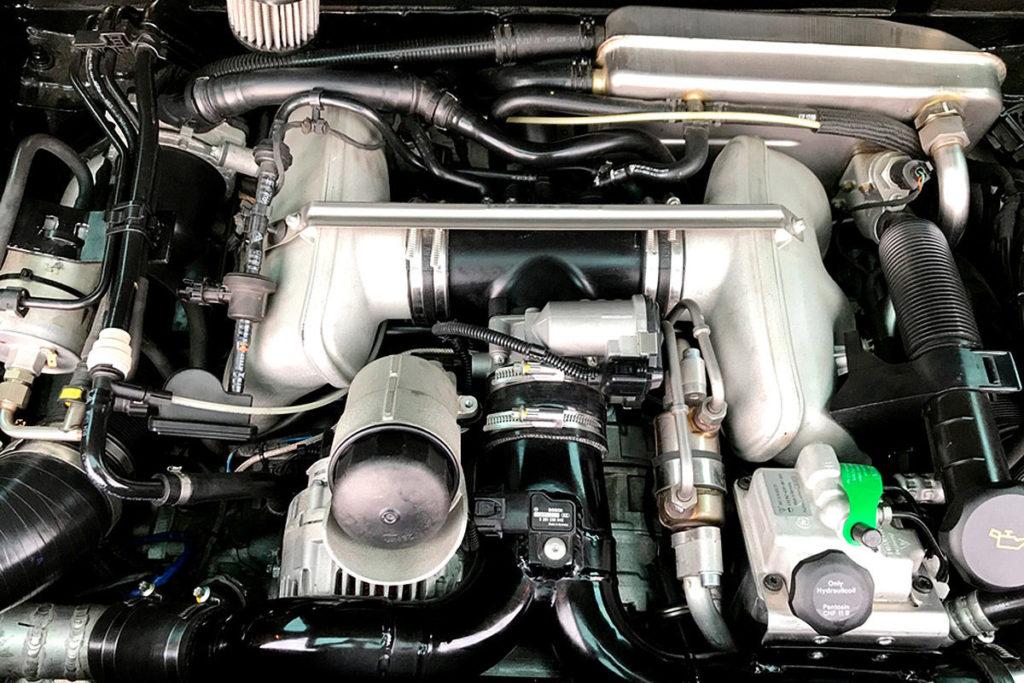 Тюнинг VW Multivan T5: семейный Volkswagen превратили в 580-сильного монстра