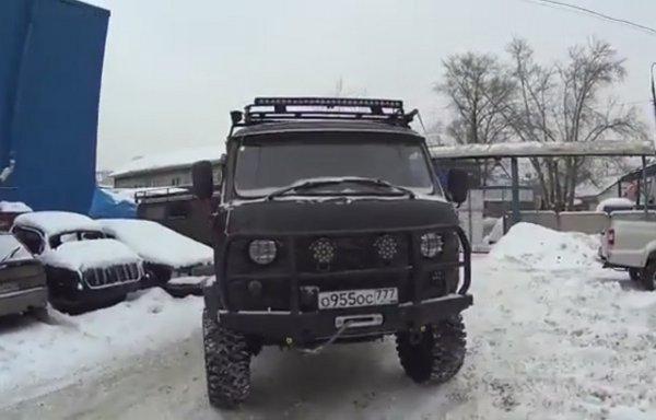 «Убийца Крузаков и Хаммеров»: УАЗ «Буханка» получил тюнинг ценой более 2 млн рублей 2