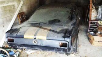 В гараже у дедушки нашли редкий прокатный Mustang