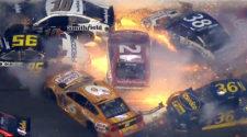 «Автомобильный ад» в NASCAR попал на видео