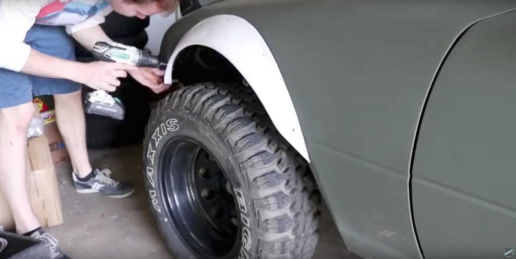 Известный японский родстер МХ-5 Miata превращается в раллийный внедорожник