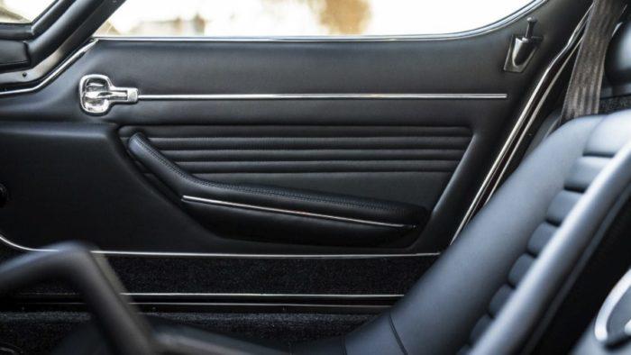 Lamborghini восстановила купе Miura SV
