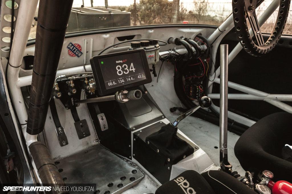 Безбашенный datsun 510 с двигателем ls3