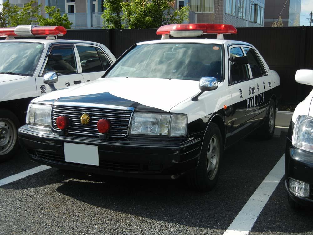 Автомобили национальной полиции Японии